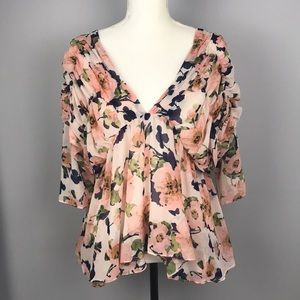 J.O.A. Los Angeles Floral blouse Sz Small